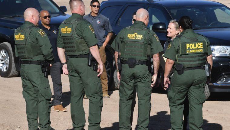 Los guardias fronterizos serán reforzados, según la aprobación del departamento de Defensa de EE. UU. (Foto Prensa Libre: AFP)