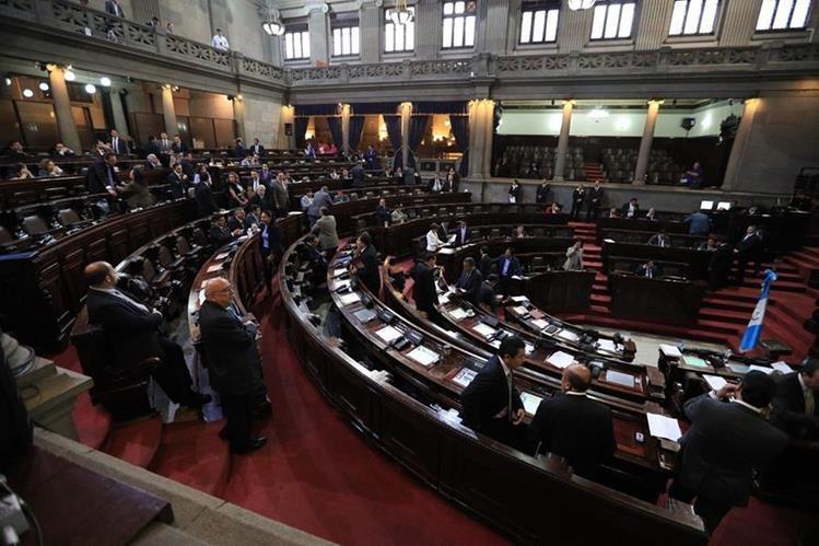 Interpelación paralizará al Congreso por tiempo indefinido