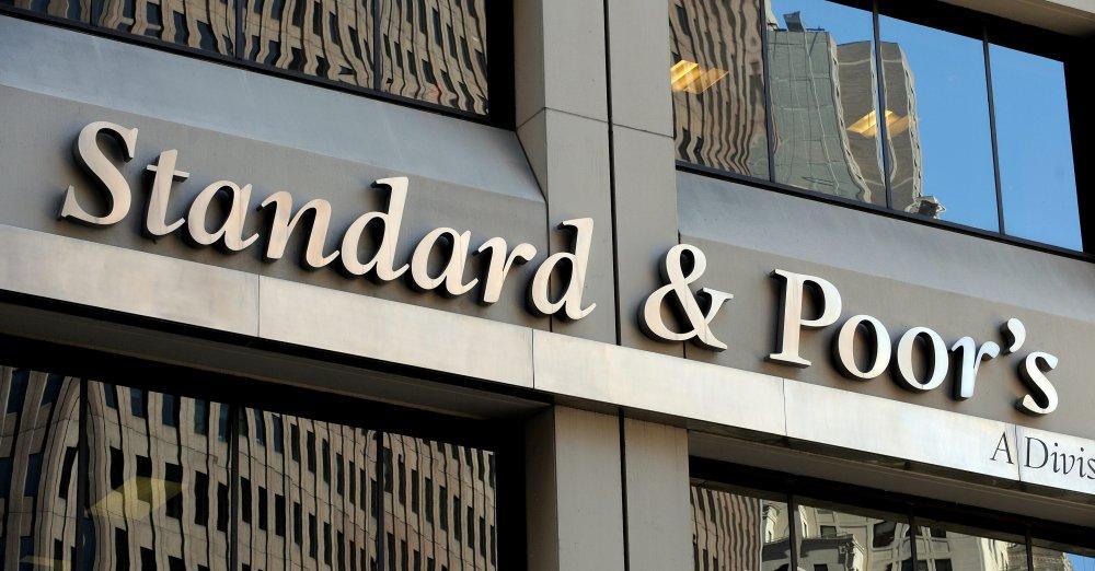 Standard & Poors baja calificación a El Salvador