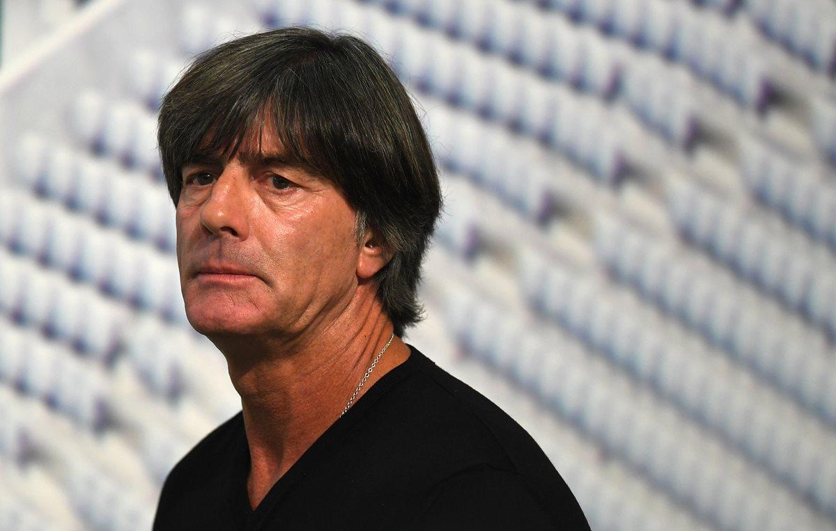 Joachim Löw habló sobre la renuncia de Mesut Özil a la selección de Alemania. (Foto Prensa Libre: AFP)