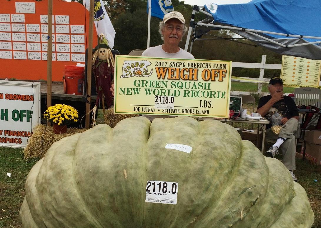 Granjero gana concurso en EE. UU. con calabaza de 2 mil 118 libras