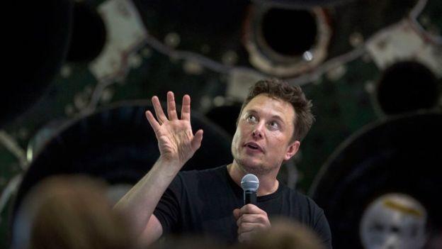 Elon Musk es el fundador y dueño de SpaceX, una empresa privada que realiza lanzamientos al espacio. GETTY IMAGES