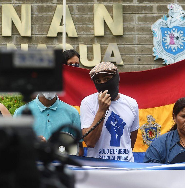 Dirigentes de manifestantes denuncian el uso excesivo de la fuerza por parte de las fuerzas de seguridad. (AFP).