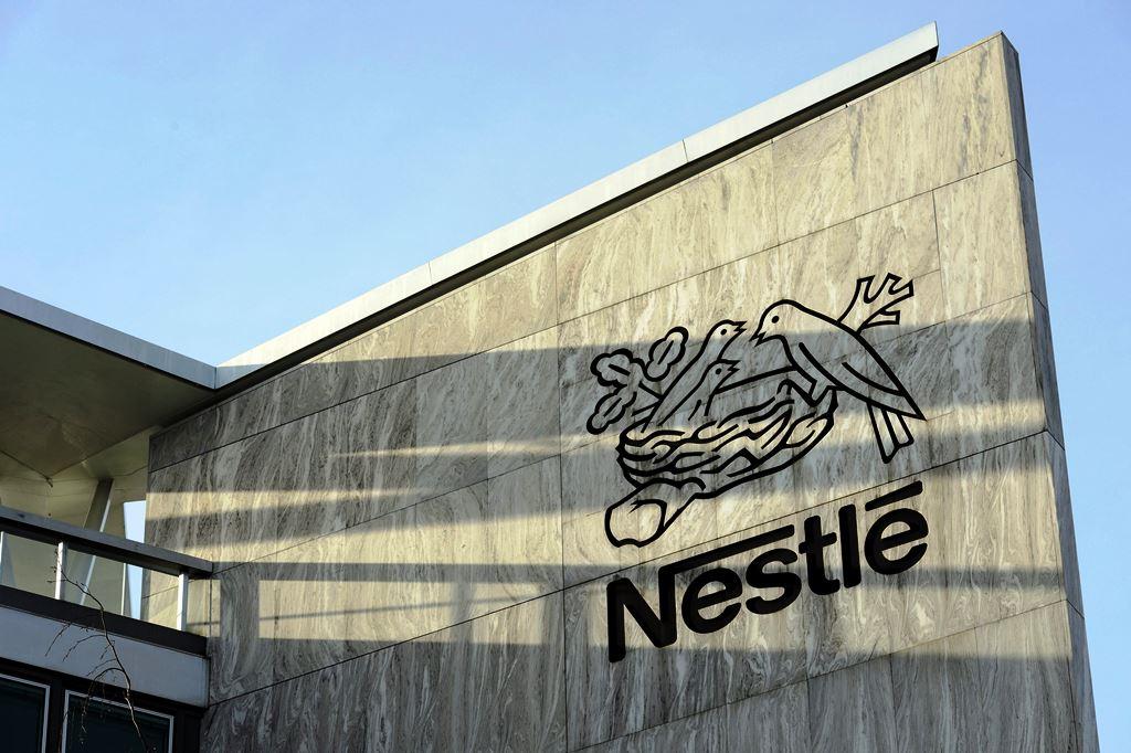 Sede de la empresas multinacional Nestle en Suiza. (PL- Hemeroteca)
