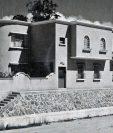 La casa, que data de 1948 y que está localizada en la zona 4 capitalina, fue diseñada por el arquitecto Carlos Cruz.
