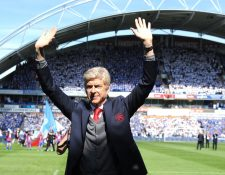 Arsene Wenger fue duro con el City de Pep, por el castigo de la uefa. (Foto Prensa Libre: EFE)