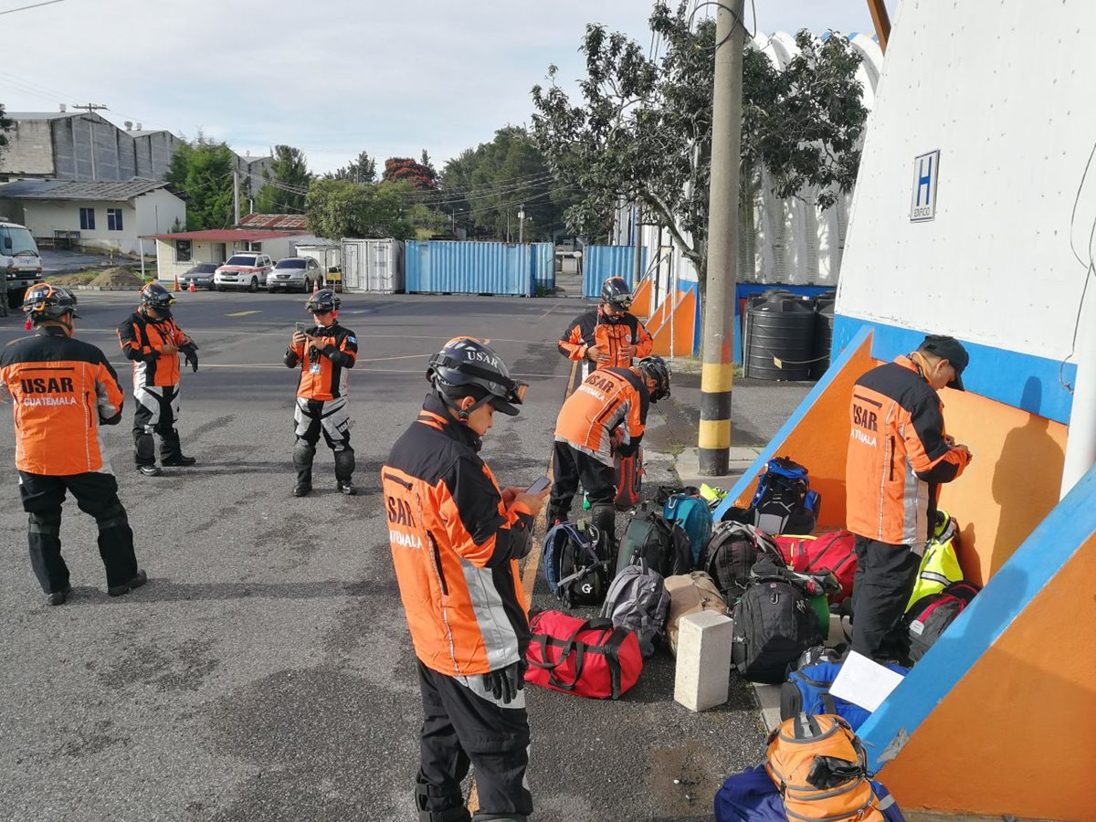 Rescatistas guatemaltecos ya no irán a México