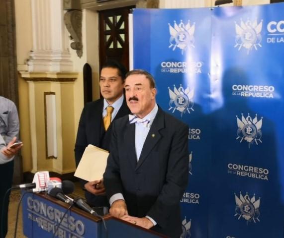 Presentan pliego de reformas para endurecer castigos a invasiones