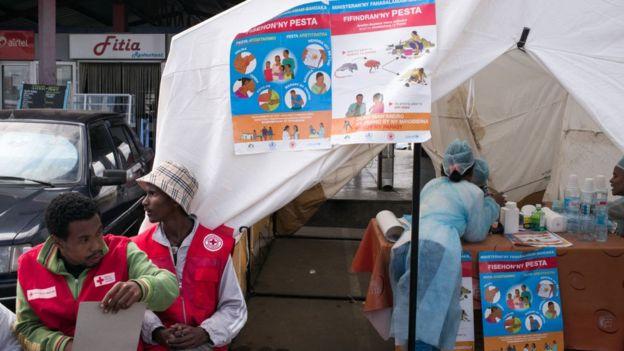 Gobierno y ONGs están llevando a cabo una campaña de información para que la gente tome precauciones. GETTY IMAGES