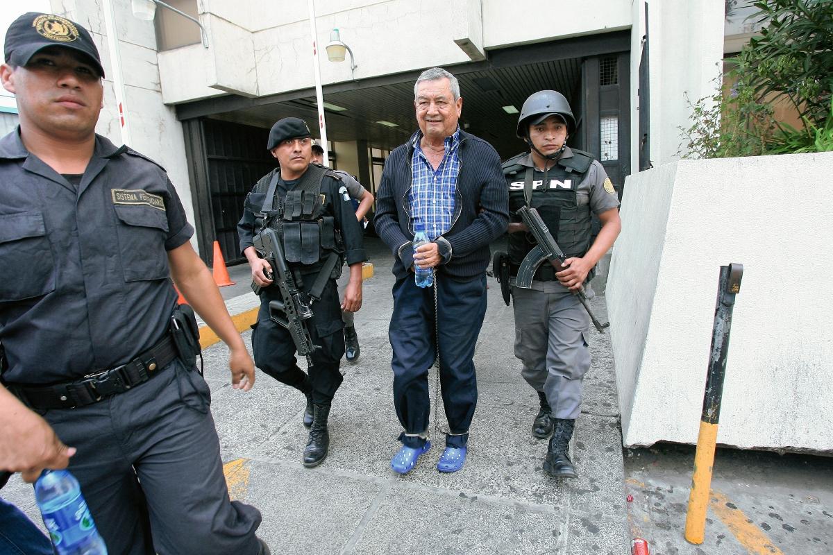 A nombre de Waldemar Lorenzana Lima, alias el Patriarca y de sus tres hijos aparecen registradas las cinco propiedades. (Foto Prensa Libre: Hemeroteca PL).