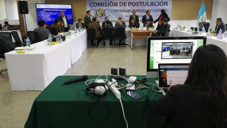 La Comisión de Postulación para Contralor General de Cuentas admitió un error y volvió a incluir a un candidato en la nómina. (Foto Prensa Libre: Kenneth Monzón)