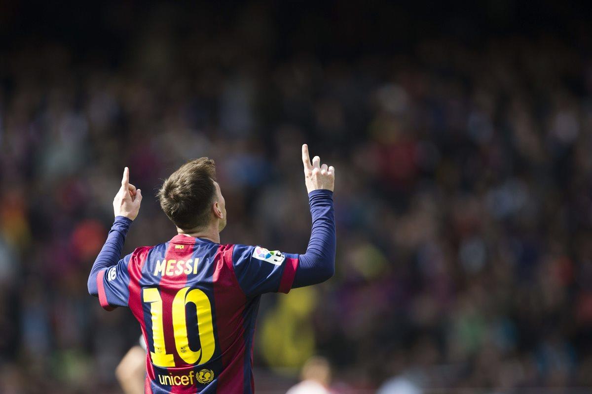 Lionel Messi fue galardonado con el premio Memorial Aldo Rovira. (Foto Prensa Libre: EFE).