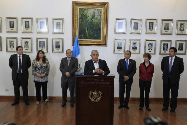 """Presidente Pérez Molina instaura comisión para reformar las politicas sobre las drogas (Foto Prensa Libre:)<br _mce_bogus=""""1""""/>"""