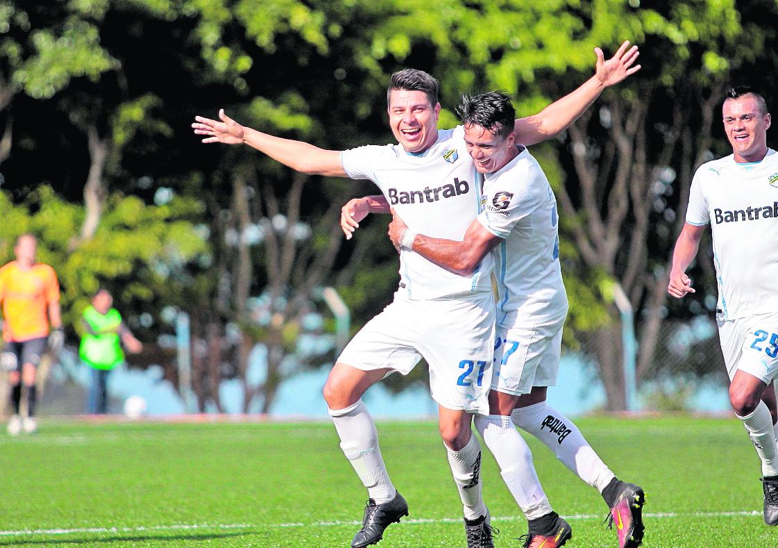 Jorge Vargas prepara su regreso a Comunicaciones