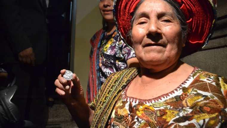 Concepción Ramírez Mendoza recibió una pensión honorífica por ser imagen de la moneda de 25 centavos. (Foto Prensa Libre: Cortesía José Castro)
