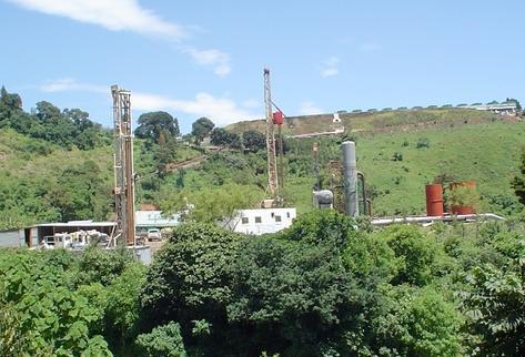 En el país  operan las geotérmicas  Ortitlán y Orzunil; sin embargo,   se cree que hay potencial de ese tipo en al menos 23 áreas. (Foto Prensa Libre: ARchivo).
