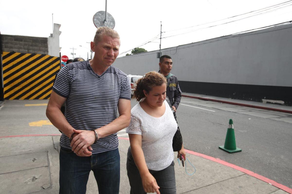 Igor Bitkov es beneficiado con arresto domiciliario