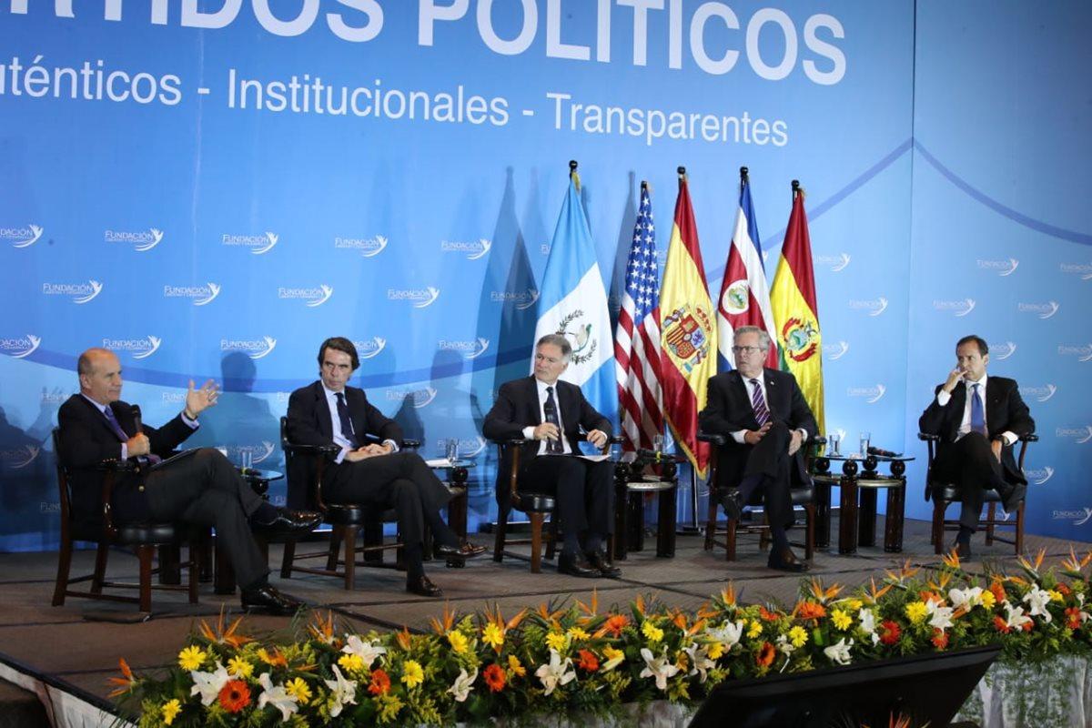 Guatemala necesita renovar los partidos políticos, recomiendan cuatro figuras de la política