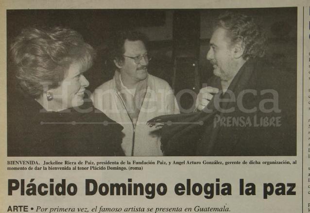 Nota informativa sobre la llegada de Plácido Domingo a Guatemala. 14/3/1998.  (Foto: Hemeroteca PL)