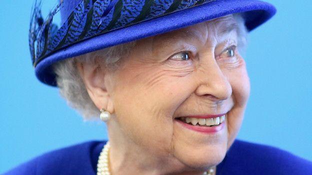 La Reina Isabel II de Inglaterra celebra su 90 cumpleaños. Y es la soberana más longeva del mundo. GETTY