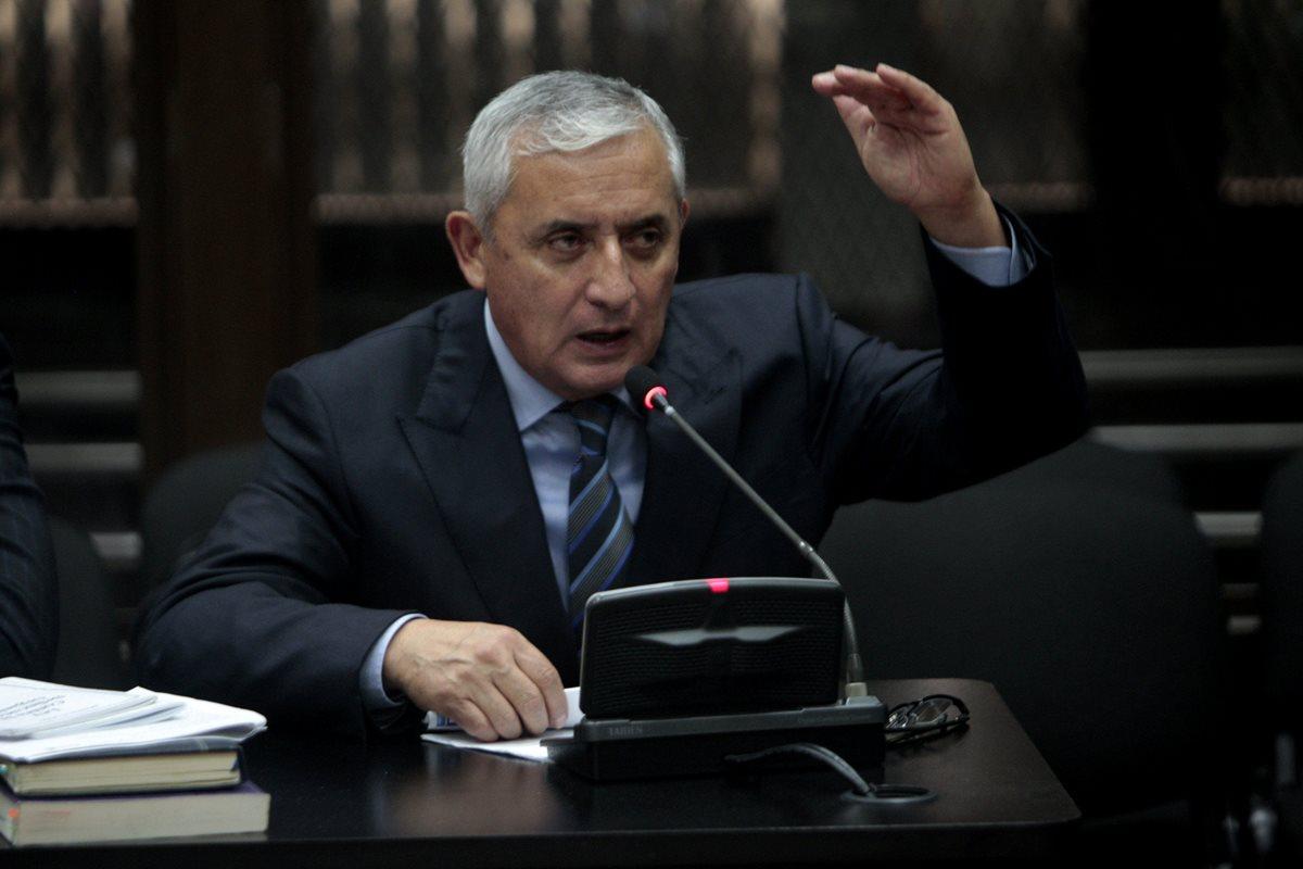 Congelan a Otto Pérez Molina seis cuentas bancarias por Q5.3 millones