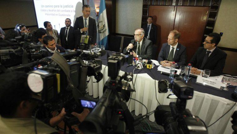 La lucha contra la impunidad no debe ser un discurso, se necesitan de acciones concretas, dijo el comisionado de la Cicig. (Foto Prensa Libre: P. Raquec)