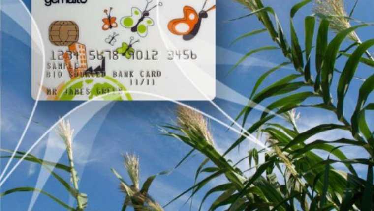 La materia prima de la tarjeta es el maíz. (Foto Prensa Libre: gemalto.com)