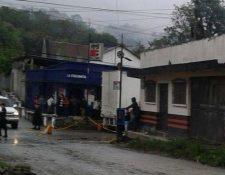 Lugar en en el que fueron baleados los agentes de la PNC. (Foto Prensa Libre: Eduardo Sam)