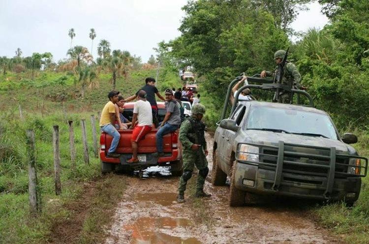 Las fuerzas de seguridad llegaron a ejecutar el desalojo el 5 de junio de este año, pero la comunidad ya había huido del lugar. (Foto Prensa Libre: Hemeroteca PL)