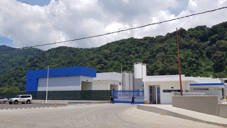 El Grupo mexicano Lala pondrá en operación una nueva planta productora de leche en septiembre en Palín, Escuintla. La inversión superó los Q220 millones. (Foto Prensa Libre: Cortesía)