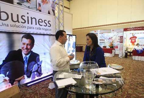 Los negocios buscan servicios outsourcing para reducir costos y mejorar competitividad.