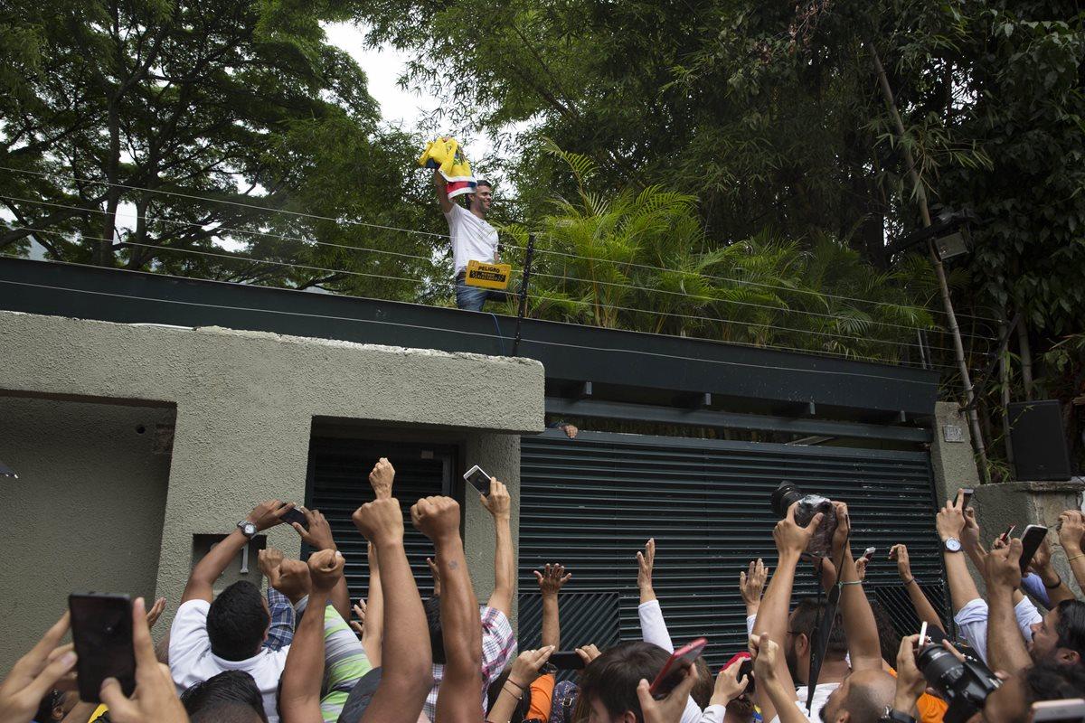 Comunidad internacional espera que excarcelación de López impulse diálogo en Venezuela