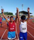 Óscar Raxón celebra después de ganar la medalla de oro en los mil 500 metros. (Foto Prensa Libre: CDAG)
