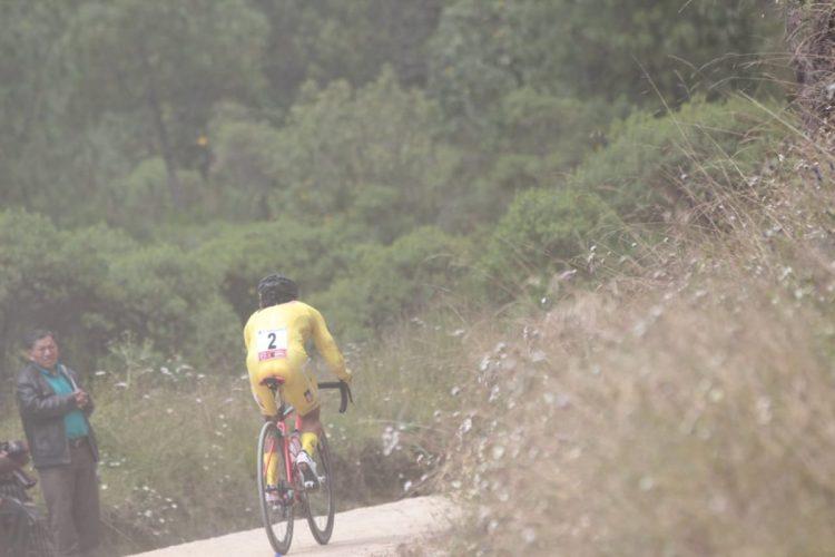El líder mostró su nivel para la montaña. (Foto Prensa Libre: Norvin Mendoza).