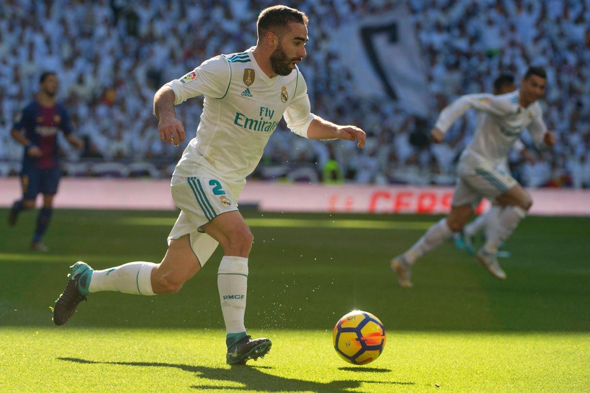 Carvajal provocó un penalti en el clásico contra el Barcelona el sábado. (Foto Prensa Libre: AFP)