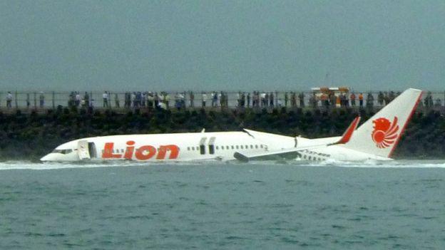 En el accidente de 2013 el avión llevaba 108 personas a bordo. Todas sobrevivieron. AFP