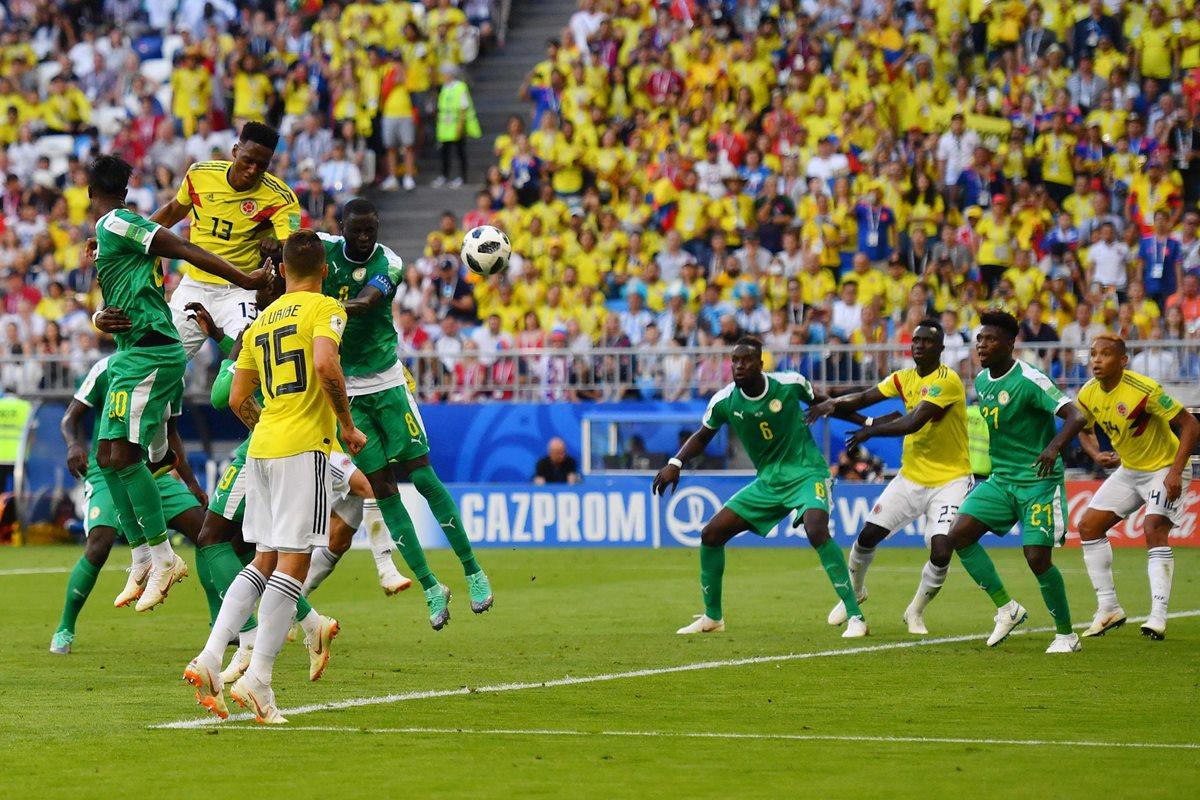 Este jueves le marcó un gol de cabeza a Senegal con lo que dio el triunfo por la mínima a Colombia. (Foto Prensa Libre: AFP)