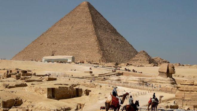 La Gran Pirámide de Guiza es la más antigua de las siete maravillas del mundo. GETTY IMAGES