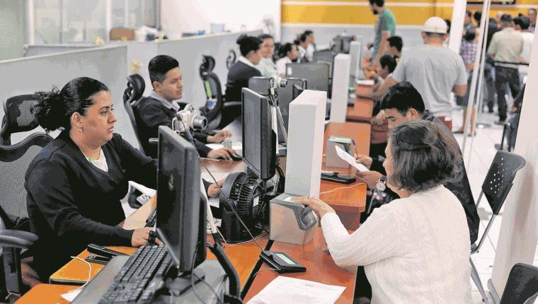 El Renap debe asegurar la identificación de los guatemaltecos a través del DPI. (Foto Prensa Libre: Hemeroteca PL)
