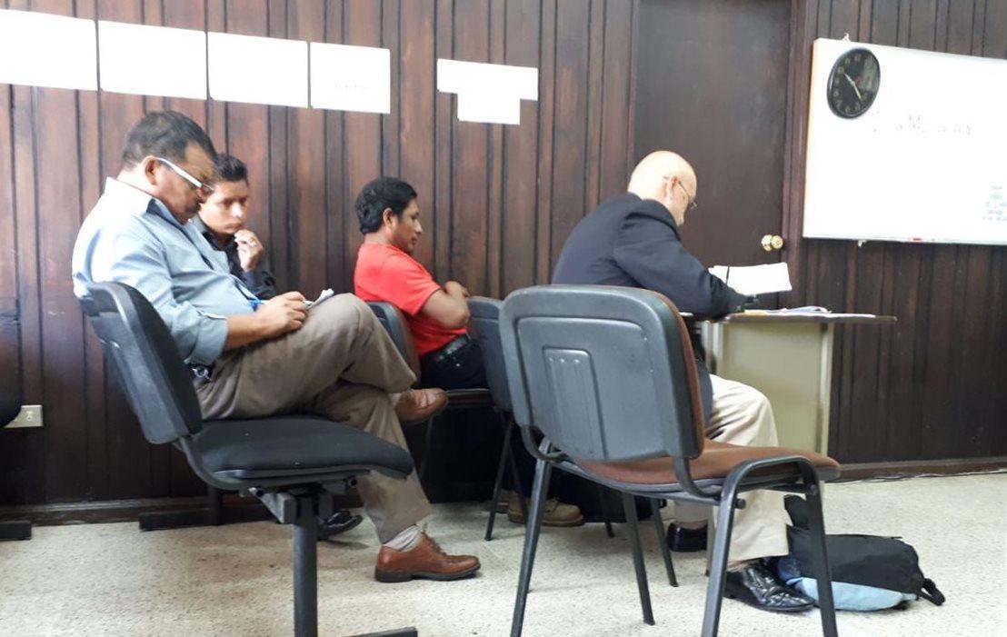 Sindicalistas del magisterio son ligados a proceso por agredir a periodista