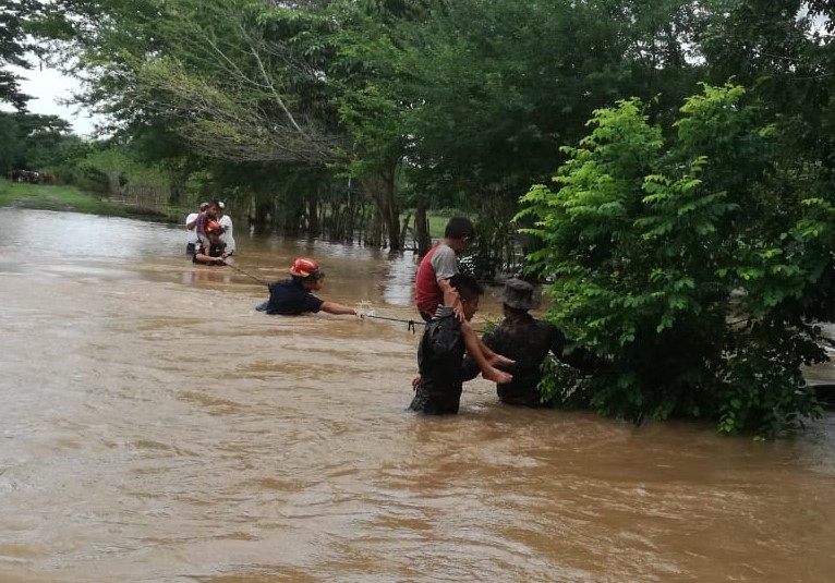 El desborde de los ríos es el factor de riesgo más grande para el país, según expertos. Inundaciones en Ciudad Pedro de Alvarado, Jutiapa. (Foto: Bomberos Municipales Departamentales)