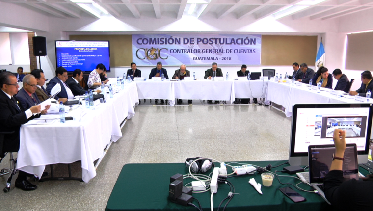 La Comisión de Postulación excluyó a dos candidatos al no aceptarles las pruebas de descargo. (Foto PRensa Libre: Andrea Domínguez)