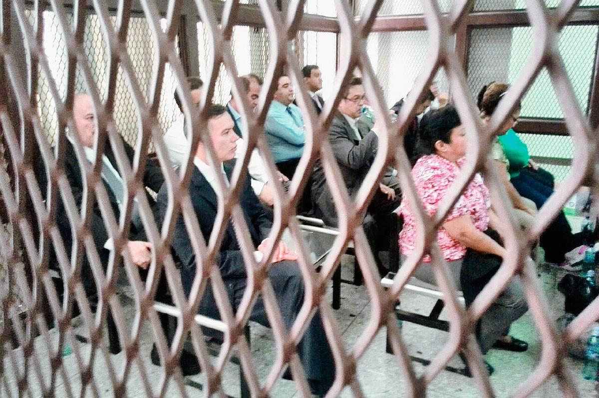 Se reanudo la audiencia de primera declaración de los 17 aprehendidos en el caso IGSS-Pisa. (Foto Prensa Libre: Hemeroteca PL)