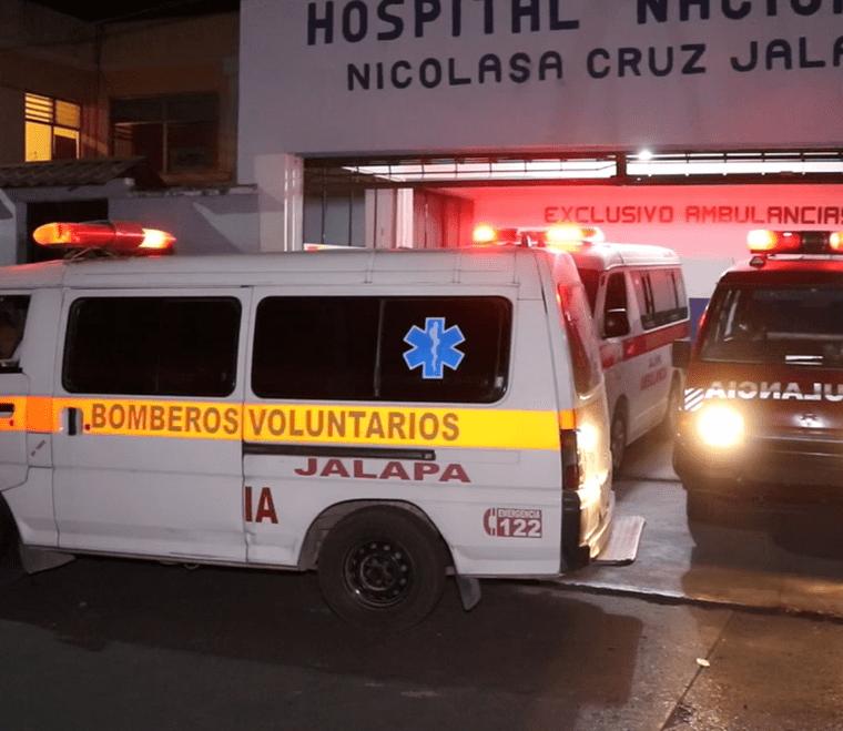 Emergencia del Hospital Nacional de Jalapa, a donde fueron llevados los adolescentes baleados. (Foto Prensa Libre: Hugo Oliva)