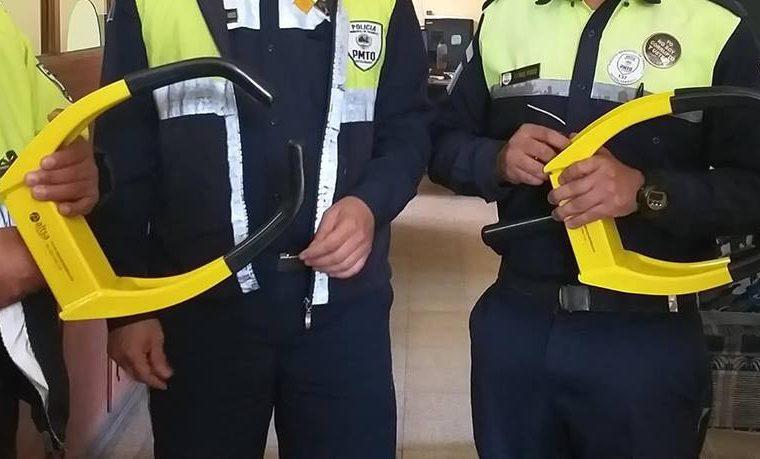 Q500 costará a un automovilistas para que la Policía de Tránsito retire el cepo. (Foto Prensa Libre: elQuetzalteco)