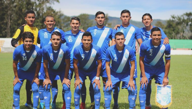 Este fue el 11 titular de la Selección de Guatemala contra El Salvador. (Foto Prensa Libre: Twitter)