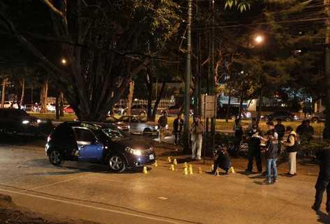 El 14 de febrero último, la abogada Lea de León murió baleada cuando hombres a bordo de desde una motocicleta le dispararon.