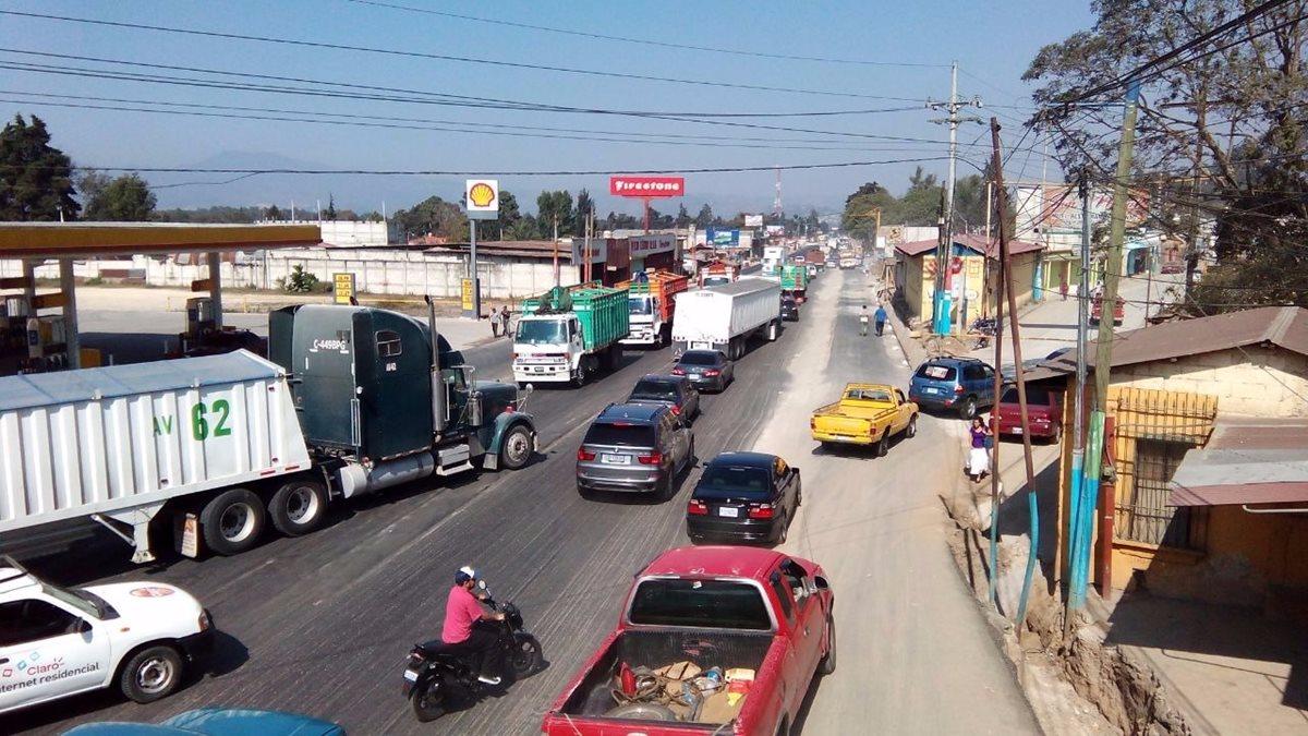 Alta carga vehicular por Semana Santa mantiene en alerta a las autoridades
