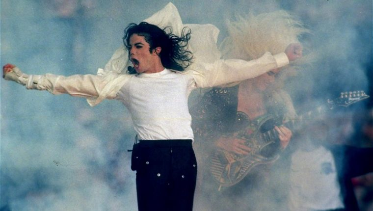 La vida Michael Jackson está otra vez en el ojo del huracán. (Foto Prensa Libre: AP)