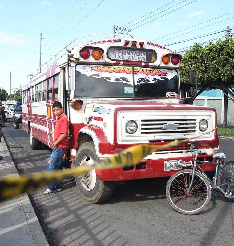 Los asaltos también son constantes en la provincia, indican los empresarios del transporte público.(Prensa Libre: Hemeroteca PL)